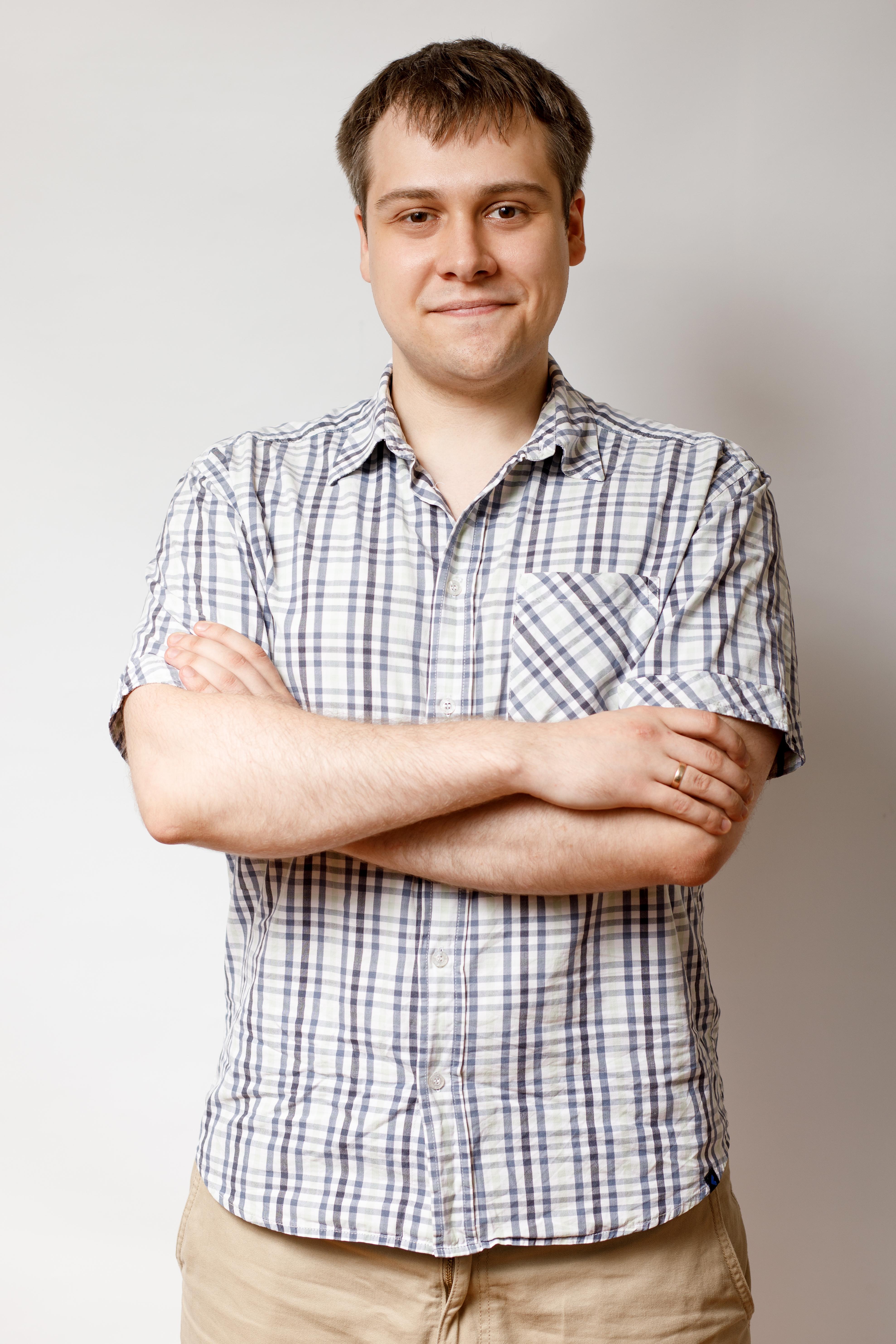 Владислав Наумов, Inweb